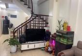 Bán gấp nhà tại phố Yên Hòa, Cầu Giấy. Nhà đẹp, ở luôn, DT 47m2 x 5 tầng, giá 5.4 tỷ